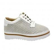 Pantof cu talpa joasa, tip sport, alb cu model lucios, argintiu