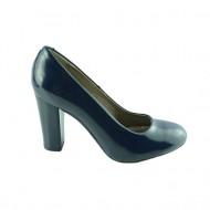 Pantof de culoare bleumarin din piele lacuita cu toc inalt lat