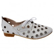Pantof de vara argintiu cu perforatii si siret