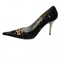Pantof deosebit, nuanta de negru, detaliu argintiu fin