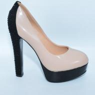 Pantof elegant, de culoare nud cu cristale lucioase pe toc