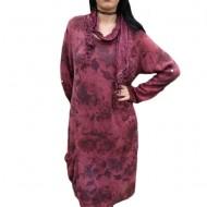 Rochie chic din material tricotat cu imprimeu pe fond marsala