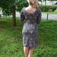 Rochie confortabila din material elastic, neagra cu flori plamanii