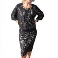 Rochie de ocazie neagra, maneca trei-sferturi si dantela in fata