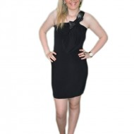 Rochie de seara, nuanta de negru, bretea fashion, fundita aplicata
