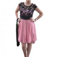 Rochie de seara scurta, din voal roz si dantela neagra, eleganta