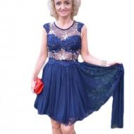 Rochie deosebita de nuanta bleumarin, cu aspect transparent