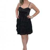 Rochie eleganta, cu volane, de culoare neagra RO-323-NE
