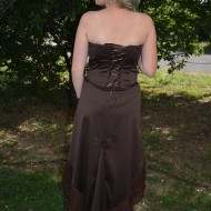 Rochie rafinata , de culoare maro, cu inserti voal