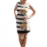 Rochie scurta fara maneci, nuanta negru-alb, design floral colorat