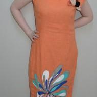 Rochie subtire de vara, nuanta de portocaliu, design floral