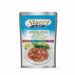 Hrana umeda pentru pisici Stuzzy Sterilised cu pui 100 g