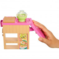 Set Barbie by Mattel Cooking and Baking Pregateste noodles cu papusa si accesorii