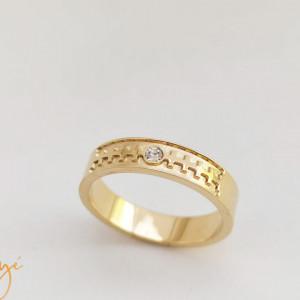 Stan's wedding ring type ring
