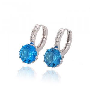 Ehite earrings