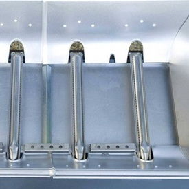 Gratar pe gaz Campingaz seria 3 Classic LS Plus D - 2000031359 capac deschis cu alimente arzator