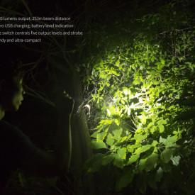 Lanterna Fenix UC30 -  Reincarcabila - Ediție 2017 - 1000 lumeni - 253 metri 2