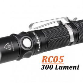 Lanterna Fenix RC05 300 lumeni 90 metri