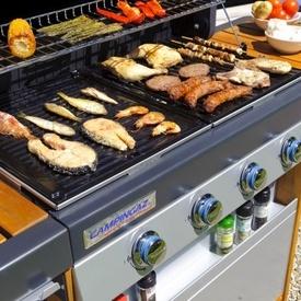 Gratar pe gaz Campingaz seria 4 Woody LX - 2000015645 cu alimente