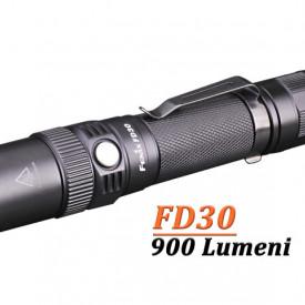 Lanterna Fenix FD30 900 lumeni 200 metri