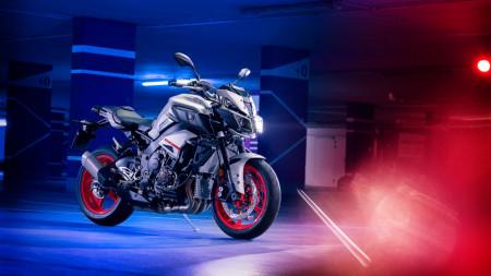 Motocicleta Yamaha MT-10