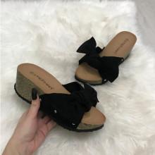 Papuci dama negri cu platforma S193