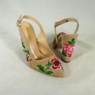 Pantofi dama bej cu toc si floricele