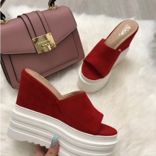 Papuci dama rosii cu platforma S9