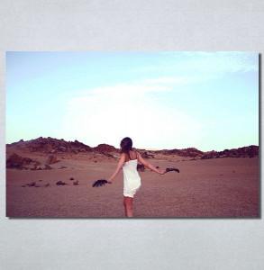 Slike na platnu Devojka na plaži Nina30198_P