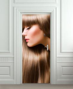 Nalepnica za vrata Devojka smeđe kose 6092