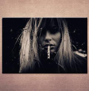 Slika na platnu Devojka sa cigaretom Nina3029_P