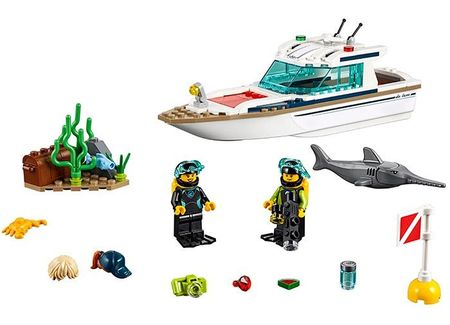 Iaht pentru scufundari (60221)