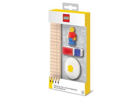 Set LEGO cu o minifigurina, 4 creioane, 1 topper, 1 ascutitoare