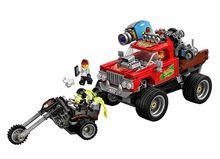 Camionul de cascadorii al lui El Fuego (70421)