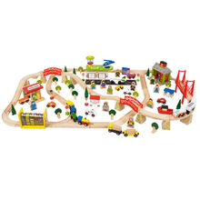 Circuit auto si  feroviar  (122 piese)