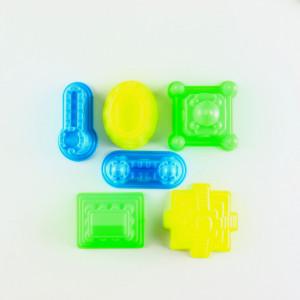 Nisip Kinetic Sand de modelat, 6 forme pentru modelat, Rosu, 1000 g