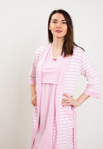 Set cămaşă de noapte pentru alăptat cu fanta STRIPES roz