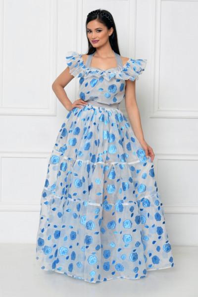 Rochie lunga organza cu flori albastre brodate