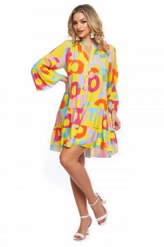 Rochie galbena scurta din vascoza imprimata cu litere colorate