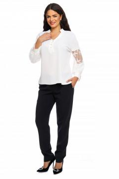 Bluza eleganta alba cu nasturi si dantela pe maneca