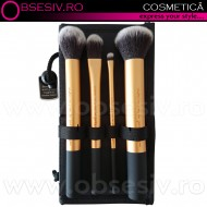Pensule Profesionale Cosmetica, Set 3 in 1, Pensule Makeup 4 Buc. + Husa si Stativ Pensule, Pensule Real Techniques by Sam & Nic Chapman