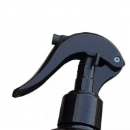 Recipient 500 ml din plastic cu spray pulverizator