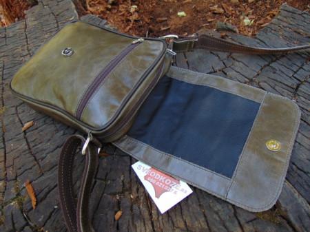 Muška kožna torbica 112 zelena maslina