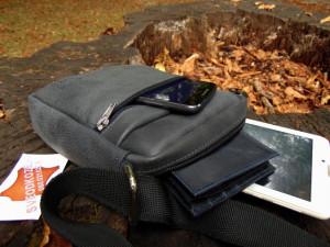 Kožna torbica sveodkože tamno siva