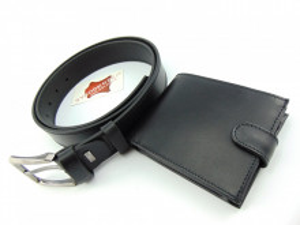 Veliki crni kožni novčanik i kaiš za farmerice sa dva crna štepa