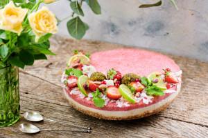 Mojito Cheesecake raw-vegan cu cășpune, mentă și limes