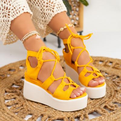 Sandale cu platforma cod: S6545