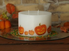 Varnish on Candle Satin images