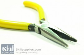 Nose pliers 2 images