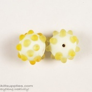 Super fancy glass beads 17